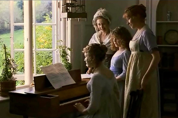 family-piano-2fixed-700x464.jpg
